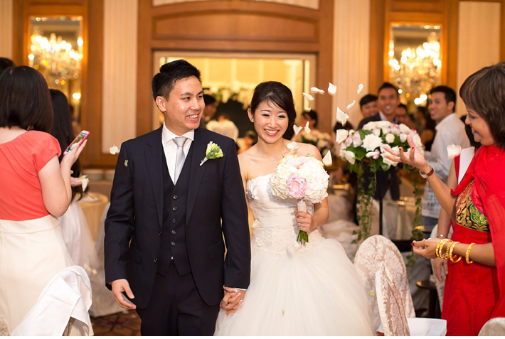 Destination_Wedding_Photographer_Singapore_Wedding_At_Raffles_Hotel_Catherine_Mac_Photography_International_Wedding_Photographer_30